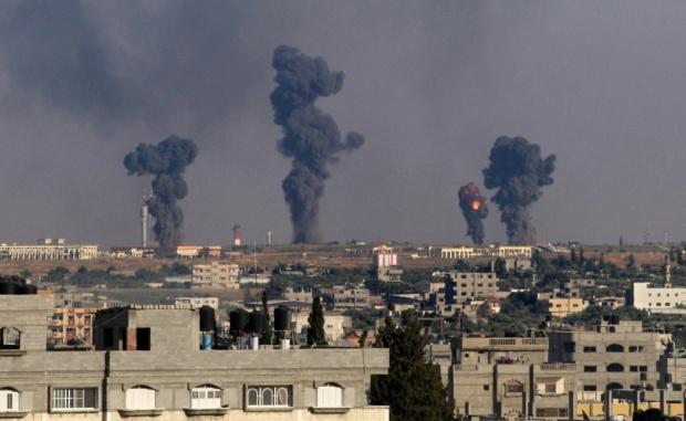 GazaStrikes.7July2014.AFP__0